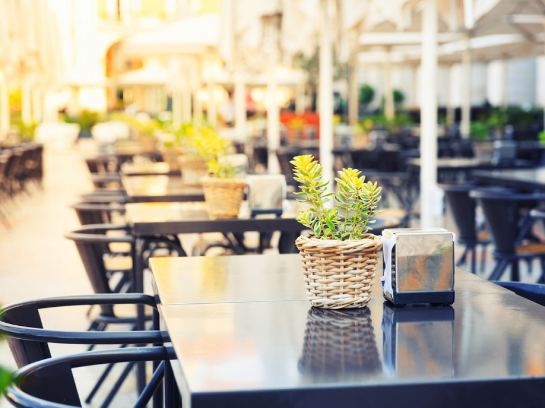 Attract Diners With a Clean Restaurant